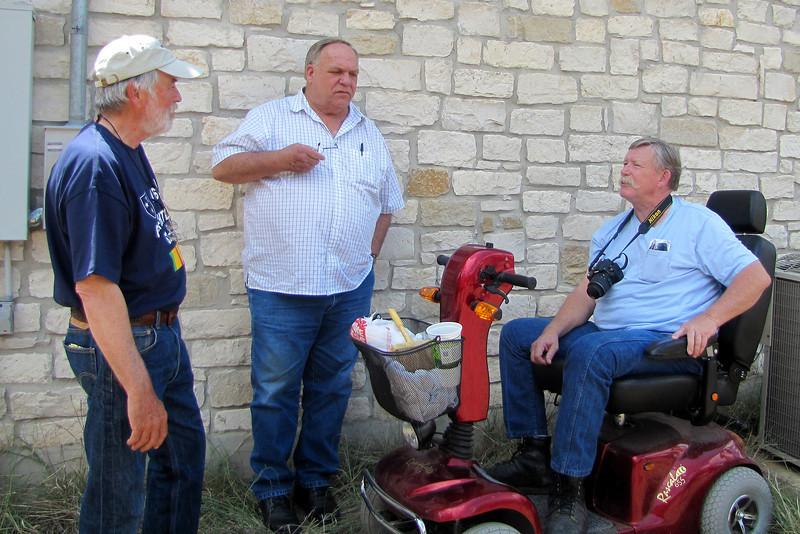 TX-11-MINI-47: Bill Wendover, CA; Don Kaiser and Alan Allen, Texas.