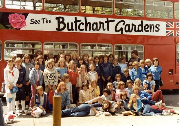 06 1982 bus