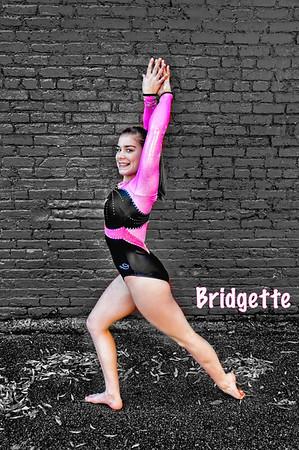 Bridgette-Pose-1spicify-Cmbo