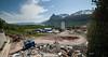 NCC bygger Hålogalandsbrua. Foto 6. juni 2014, Øyjord. NCC Øyjord med brakkerigg/anleggskntor, lager. Siloene er en del av betongstasjonen. Til venstre fundament for Øyjord bru.