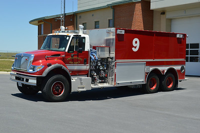 Tanker 9 is a 2006 International 7600/2007 Pierce, 1250/4000, sn- 18325.