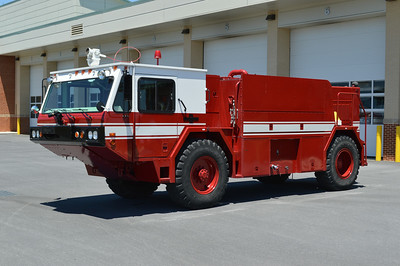 Crash 7 is a 1987 Oshkosh P-19, 1000/1000/130/500# dry chem, sn- 31708.