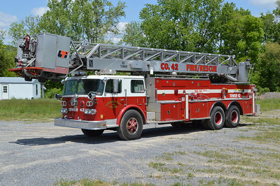You wouldn't expect to find a tower ladder in Springfield Valley.  This 1975 Duplex CFL-8VA/Howe/LTI, 85'.  Howe sn- 14211 and LTI sn- 733881 operates as Tower 42.  ex - Virginia Beach, Virginia Ladder 16. ex - South Hill, Virginia.