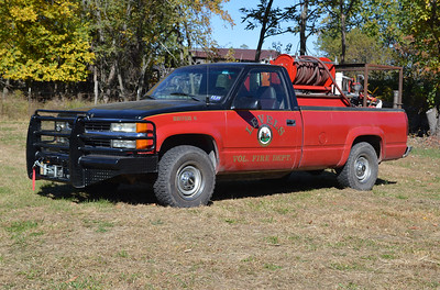 Brush 6 from Levels is this 1998 Chevrolet Cheyenne and outfitted by the department with a 250/150 skid unit.  The Chevrolet was originally a farm truck.