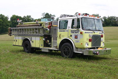 Officer side of the White pumper.