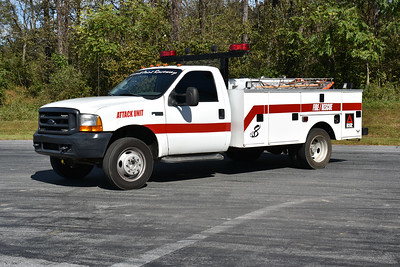 Summit Point Motorsports Park in Jefferson County, WV - Attack Unit 8 is a 2000 Ford F450/Stahl equipped with a 125/500.  The Ford work struck was purchased by the facility in Pennsylvania and re-equipped as a fire truck for the park.