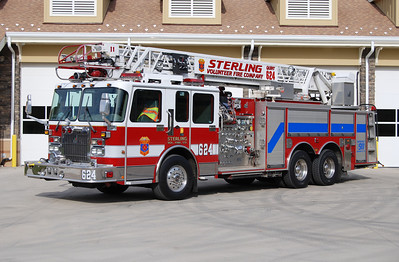"When the Kincora Safety Center opened on November 9, 2013, Quint 624 was assigned to this station.  Quint 624 is a 2000 Spartan/Smeal equipped with a 75' ladder and a 1500/500.  It previously ran as Quint 611 (note the ""11"" near the ladder tip).  Sterling purchased two identical 2000 Spartan/Smeal quints.  Their other unit (Quint 618) was sold in 2007 to the Carter VFD in Dale, Indiana where the Quint is the first due ladder truck at Holiday World in Santa Claus, Indiana.  Sold to the Great Capacon VFD in West Virginia."