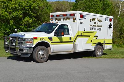 Paw Paw, WV Ambulance 32-1 (old 391), a 2008 Ford F350/McCoy Miller.