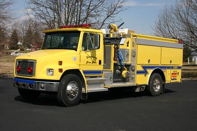 Lewisburg, WV - Engine 2012 - 1995 Freightliner/1996 Smeal1250/750 Serial number 695130