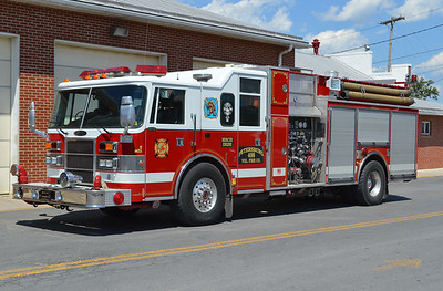 Petersburg, WV Rescue Engine 498, a 1995 Pierce Lance equipped with a 2000/400/40 and Pierce job number E8765.  The Pierce was obtained from the Tobyhanna TWP VFD in Pocono Pines, Pennsylvania, where it was originally delivered.