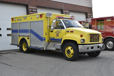 Fairmont Fire Department - Marion County, WV  Rescue 4 is a 2001 GMC C-6500.