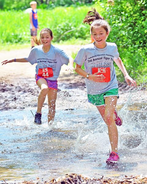 PEH_2602 run 44 Katie Schobel 10 1 Fiona Andrade 10