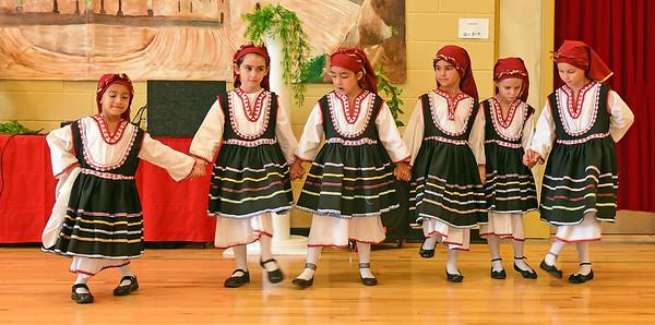 PEH_5350 Junior Folk Dancers
