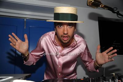 DJ Cassidy photo by Rob Rich/SocietyAllure.com © 2012 robwayne1@aol.com 516-676-3939
