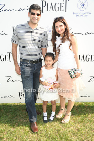 Jaffer family photo by Rob Rich/SocietyAllure.com © 2012 robwayne1@aol.com 516-676-3939
