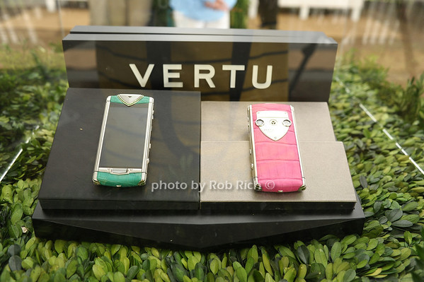 Vertu<br /> photo by Rob Rich/SocietyAllure.com © 2012 robwayne1@aol.com 516-676-3939