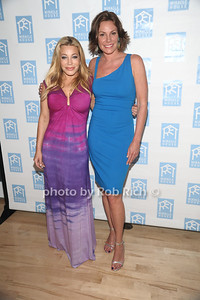 5-26-2012: Taylor Dayne, and Countess Luann de Lesseps attends the Miracle House 22nd. Annual Summer Kickoff at the Bridgehampton Tennis and Surf Club in Bridgehampton. Rob Rich/SocietyAllure.com
