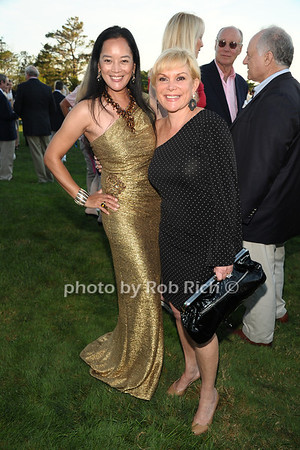 Cassandra Seidenfeld Lyster and Broadway producer Wendy Federman attend the 3rd Annual Unconditional Love benefit for the Southampton Animal Shelter Foundation at the private residence of Sandra McConnell in Southampton (July 21, 2012) Rob Rich/SocietyAllure.com