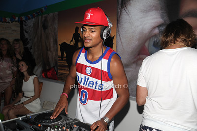 DJ attend the 4th of July party at the Player's Club in East Hampton (July 4, 2012). photo by Rob Rich/SocietyAllure.com