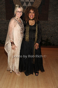 """6-2-2012:Honoree Courtyney Sale Ross and Roberta Flack attend the  """"9th.Annual Live @Clubstarlight"""" at the Ross School in Easthampton on June 2, 2012. Rob Rich/SocietyAllure.com"""