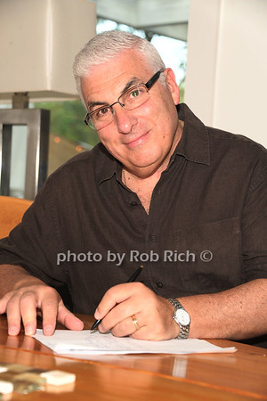 Mitch Winehouse photo by Rob Rich/SocietyAllure.com © 2012 robwayne1@aol.com 516-676-3939