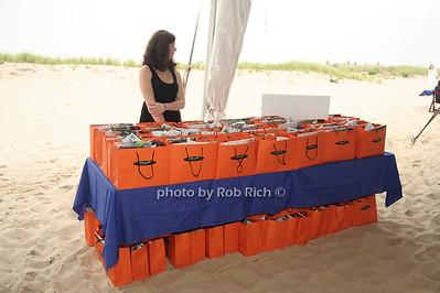 Giftbags photo by Rob Rich/SocietyAllure.com © 2012 robwayne1@aol.com 516-676-3939
