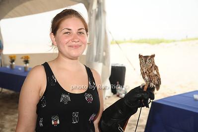 Kerry Dobbs, Martino the Owl photo by Rob Rich/SocietyAllure.com © 2012 robwayne1@aol.com 516-676-3939