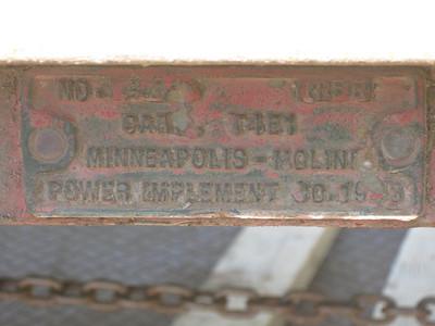 T4E1 MINNEAPOLIS-MOLINE CART #221 1943