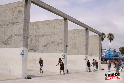06 20 09 So-Cal Summer Slam  3-Wall Big Ball Singles   1800 Ocean Front Walk   Venice, ca 310 399 2775 (22)
