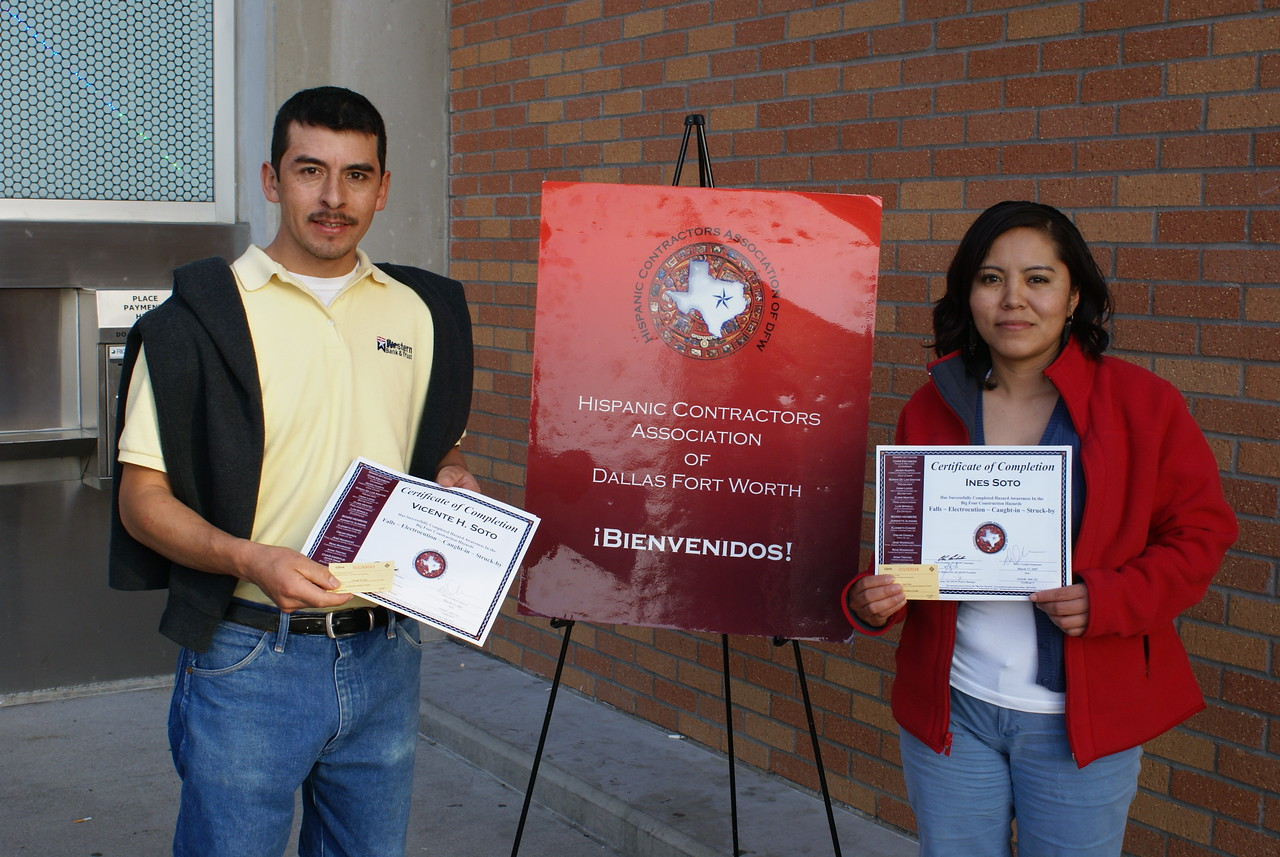 Another HCADFW husband and wife team Vicente and Ines Soto take advantage of the construction safety training.