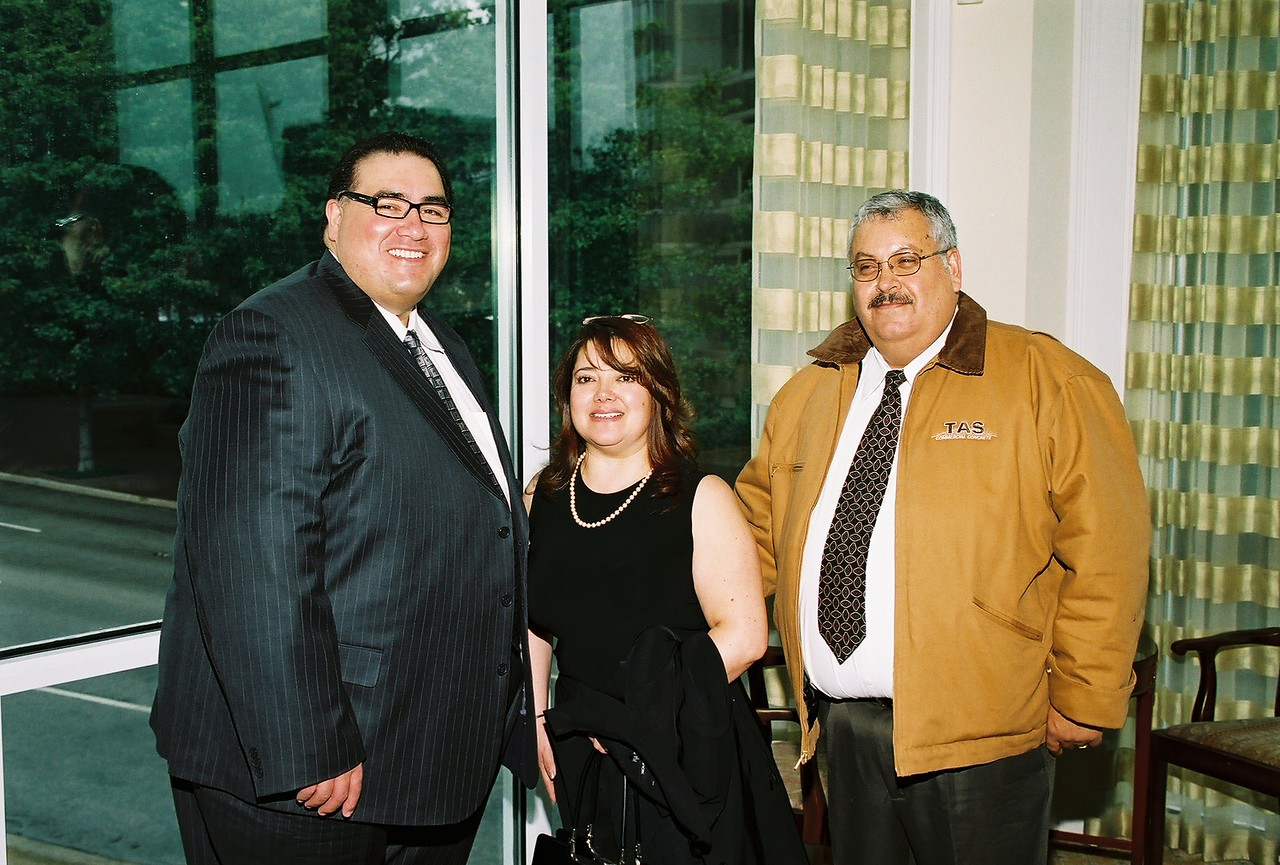 John H. Martínez-D, HCADFW President; Dr. Martha Quiroz-Romero and Javeir Arias, HCAT Board Chairman