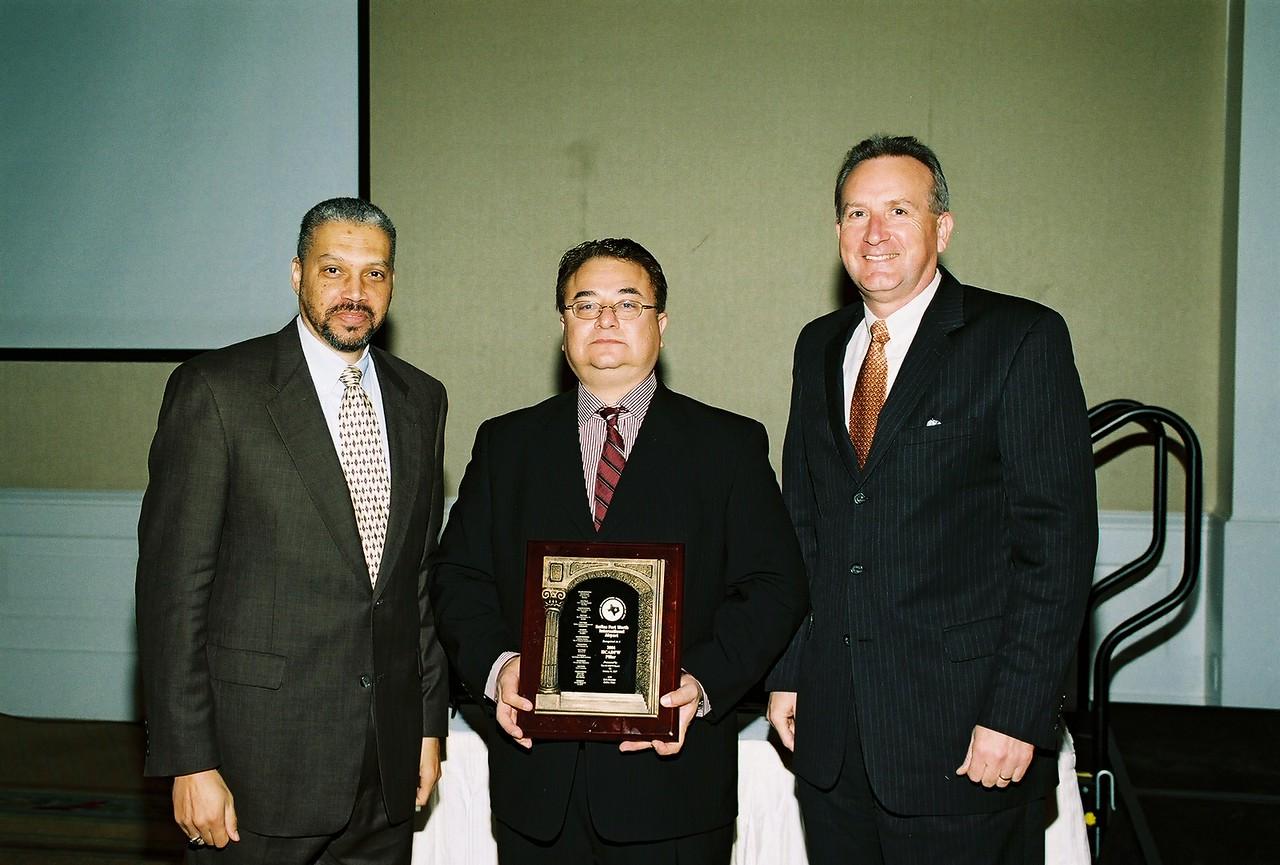 Don O'Bannon, DFW Airport; Chris Escobedo, HCADFW Board Chairman and Jeff Fagan, DFW Airport.  DFW Airport Congratulations on the 2006 HCADFW Pillar
