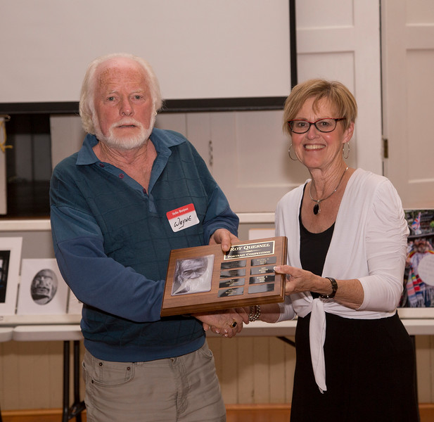 Wayne Burr winning the Roy Quesnel Award