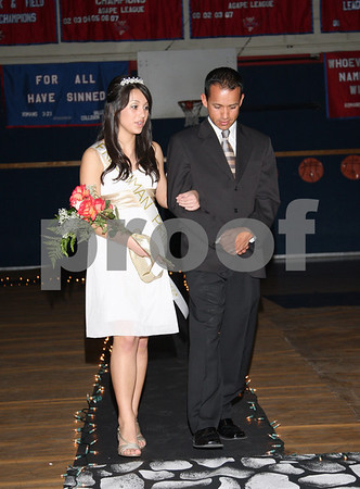 HCS Homecoming Court and Dance Arrivals, 02/08-9/08
