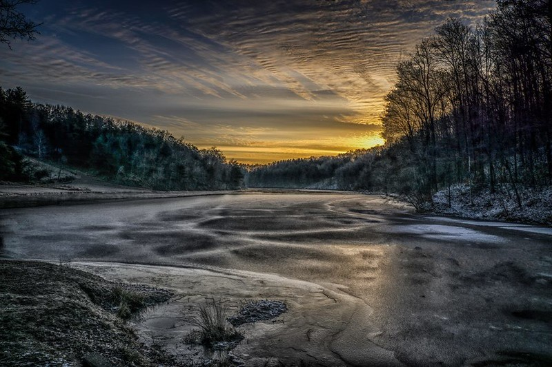 Greenbo Lake Ice HDR
