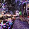 Christmas Riverwalk, looking west