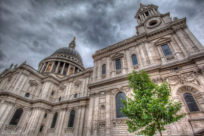 St_Pauls_Cathedral_London_HDR-2