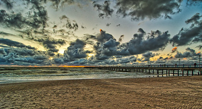 #Palanga #beach #HDR before the #storm. Alternative processing. 5 exposure bracketed RAW image from #Nikon #D500 -2eV intervals.