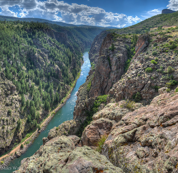 Ah now we are starting to get into the Black Canyon of the Gunnison proper. The canyon is 48 miles long.