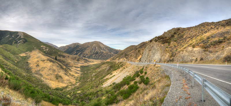 First mountains as I leave the flat planes of the Christchurch area on my way to Arthurs Pass.