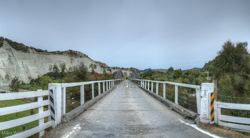 This was a small diversion. The bridge across the Rangitikei River, on my way north.