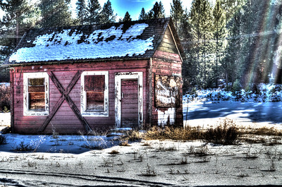Cottonwood: Old Red Cabin