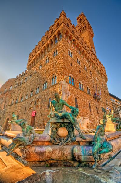 Fountain of Neptune @ Piazza della Signoria, Florence (Italy)