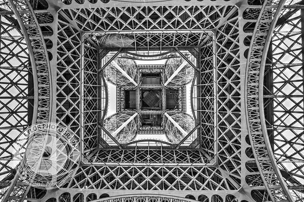 Paris - Tower Symmetry
