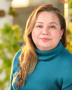 201125 Wendy Celaya Headshot-Proofs_CH-8