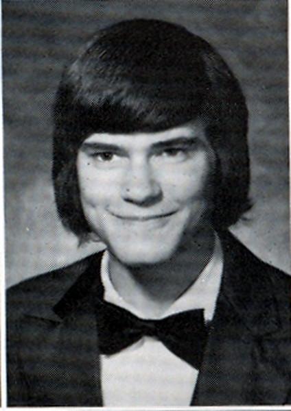 Bell: 1974 Hair