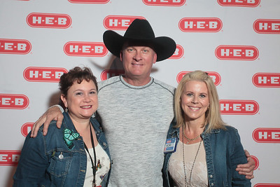 HEB / Kevin Fowler