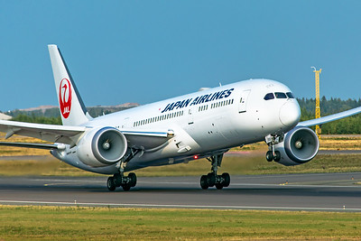 Japan Airlines Boeing 787-9 Dreamliner JA868J 8-18-19