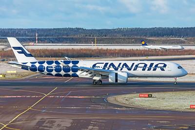 Finnair Airbus A350-941 OH-LWL 10-29-19 4