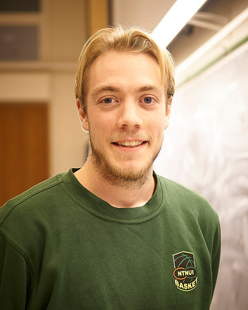 Simon Sætre Borchgrevink